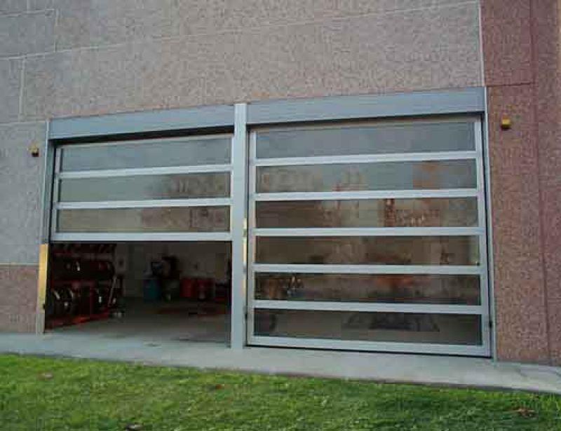 Portone sezionale lux centro service for Breda portoni
